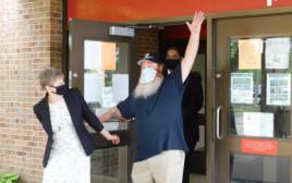 גילברט פול ג'וניור יוצא מהכלא אחרי 32 שנה