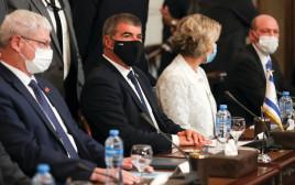 שר החוץ גבי אשכנזי בפגישתו עם המצרים
