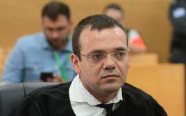 עורך הדין קוזניץ