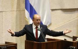 ראש הממשלה נפתלי בנט בדיון במליאת הכנסת