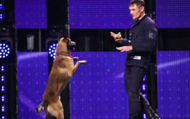 לאצ'י מדהים את הקהל ב-Romania's Got Talent