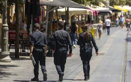 """אכיפת הנחיות הקורונה ע""""י המשטרה"""