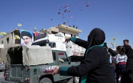 משאיות הדלק האיראני מתקבלות בחגיגות בלבנון