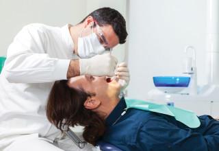 רופא שיניים, אילוסטרציה