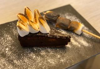 """עוגת נמסיס שוקולד של """"האותנטית"""""""