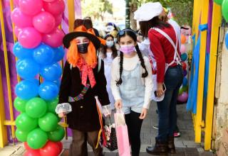 חגיגות פורים בבית ספר בתל אביב