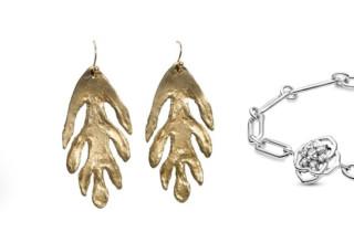 מימין - פנדורה - 425 שקל, גלריית FRIDA עגילים 384 שקל וטבעת 592 שקל