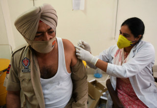 חיסוני קורונה בהודו