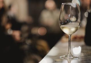 לבנים ונהנים. המלצות יין לבן