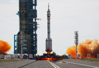 רכב החלל שנג'ואו-12