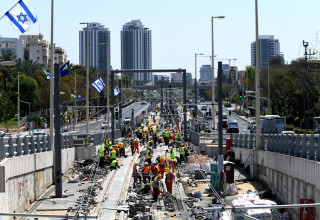 """עבודות הרכבת הקלה בפ""""ת 10 ביוני 2021"""