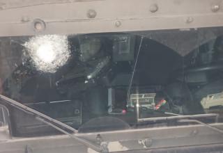 נזק שנגרם לרכב ביטחון במהלך המהומות בשכם