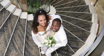 """כוכבי """"המירוץ למיליון"""" התחתנו - וזה השינוי שהחתן עשה בשבירת הכוס - המרוץ למיליון 8 allstars"""