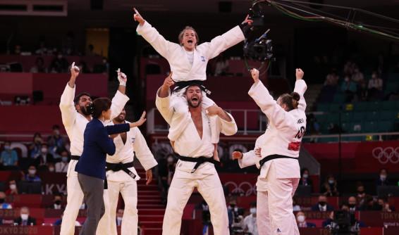 נבחרת ישראל בג'ודו חוגגת זכייה בארד
