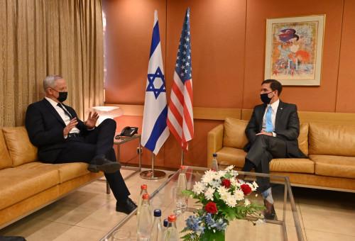 שר הביטחון בני גנץ נפגש עם שר ההגנה האמריקאי מארק אספר