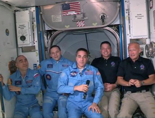 האסטרונאוטים בתחנת החלל הבינלאומית