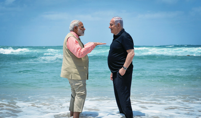 ראש ממשלת הודו מודי עם נתניהו בעת ביקורו בארץ
