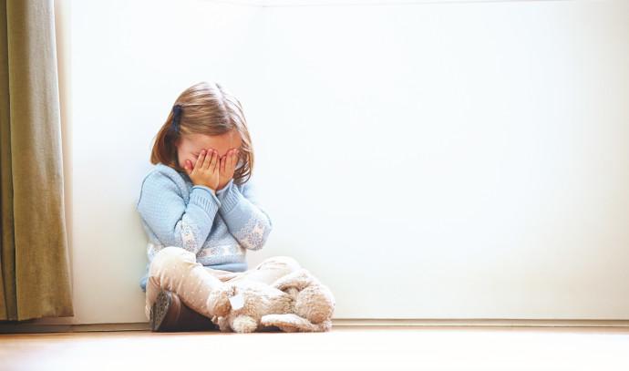 התעללות בילדים (אילוסטרציה)
