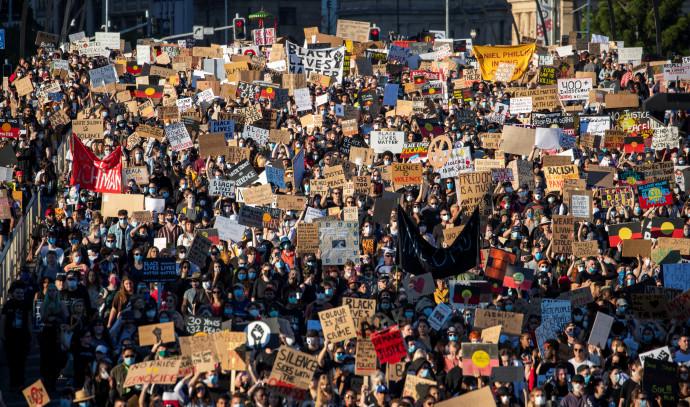 מחאה לזכר ג'ורג פלויד בבריסביין