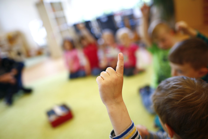 כיצד מתווכים אסון כבד לילדים צעירים?