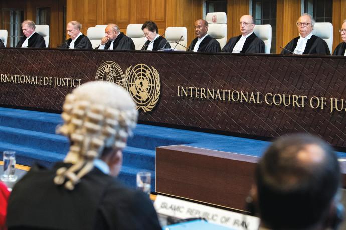 """נתניהו על החלטת בית הדין בהאג: """"גוף פוליטי""""; בכירים בארה""""ב: """"מודאגים מההחלטה"""""""