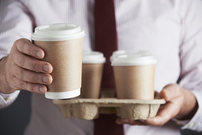 קפה רגיל מול נטול קפאין - מה יותר בריא?   מאיה רוזמן מסבירה