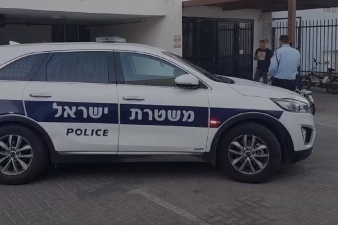 תושב יהוד כבן 20 נעצר בחשד כי אנס בביתו צעירה לאחר בילוי משותף