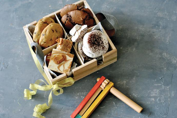 דווקא השנה יש הזדמנות: משלוחי מנות עם מבחר עוגיות ביתיות נהדרות
