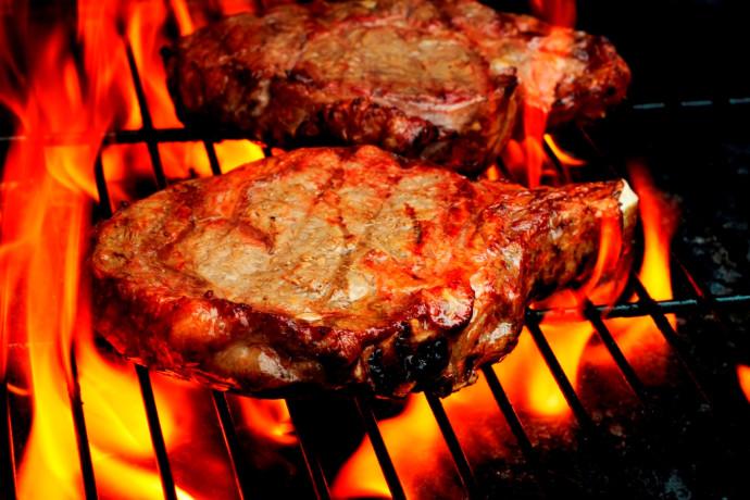 המנגל המושלם: 10 טיפים ועצות לבחירת הבשר הנכון והכנתו על האש