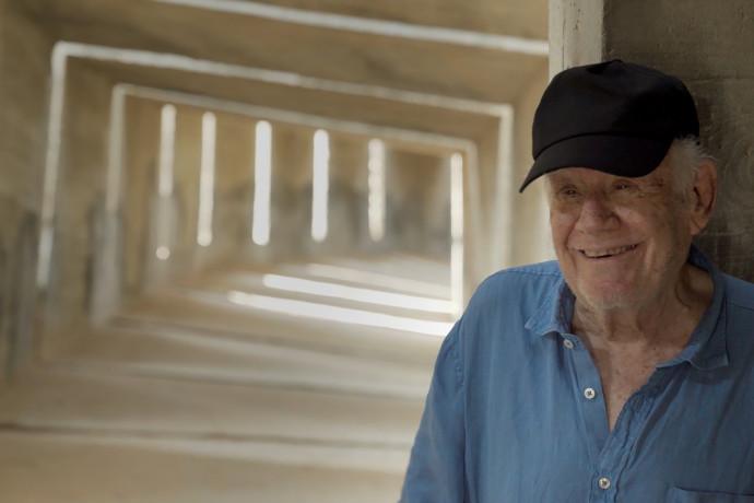 בגיל 90 וחצי: הפסל דני קרוון יקבל את אות יקיר העיר תל אביב