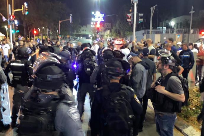 אחרי תקיפת הרב: עצורים בעימותים קשים בין יהודים לערבים ביפו ובירושלים