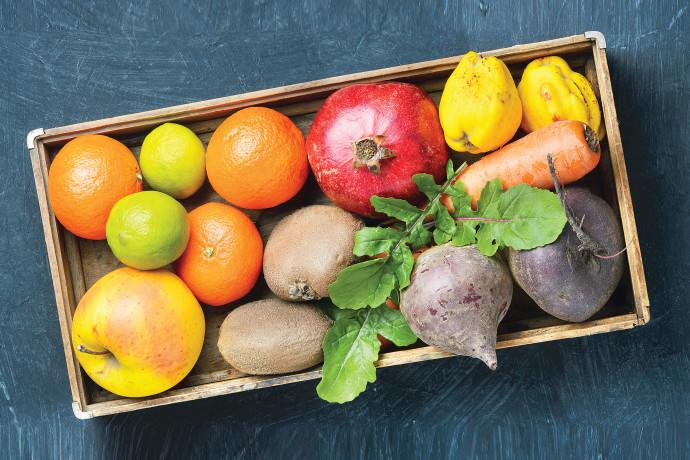 חייבים לדעת: הטיפים לשמירה על טריותם של הפירות והירקות