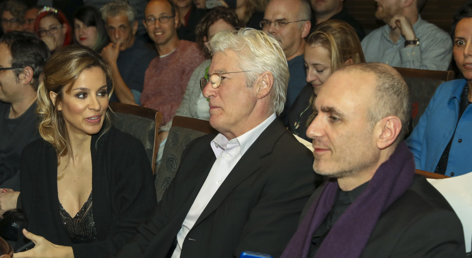 יוסף סידר, ריצ'רד גיר ואלחנדרה סילבה