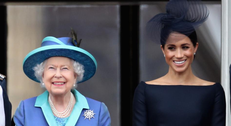 מלכת אנגליה עם מייגן מרקל