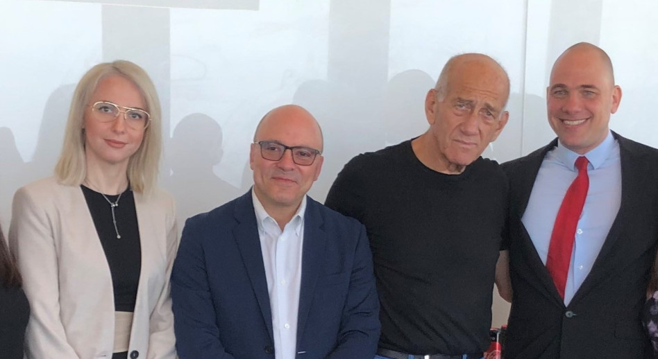 אילן גרזי, אהוד אולמרט, יונתן קולבר ומאשה ברקוביץ
