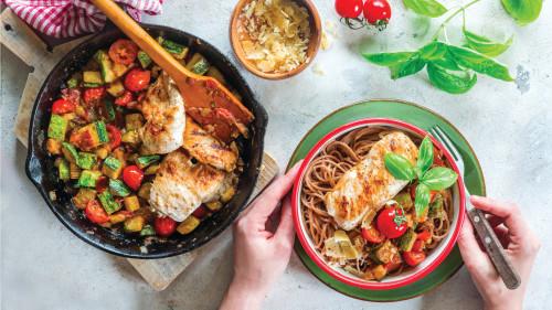 פסטה עם ירקות וחזה עוף