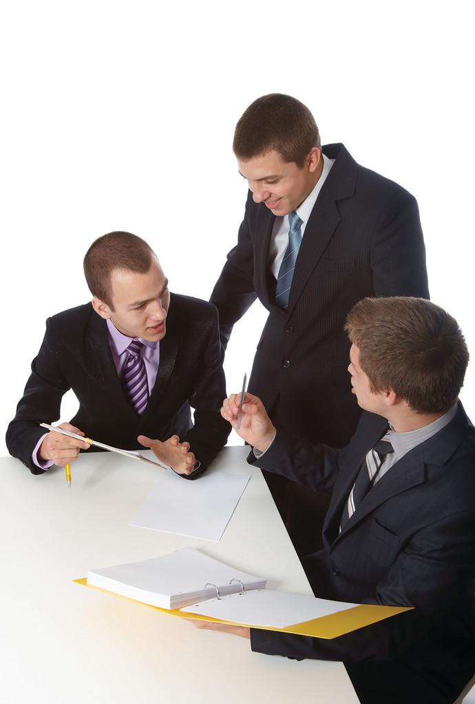 עורכי דין מתייעצים. אילוסטרציה