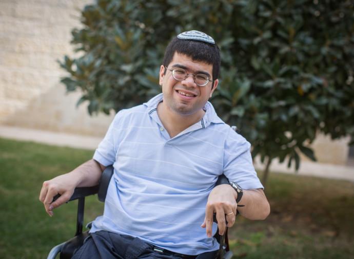 יהונתן כהן, בנו של ראש המוסד