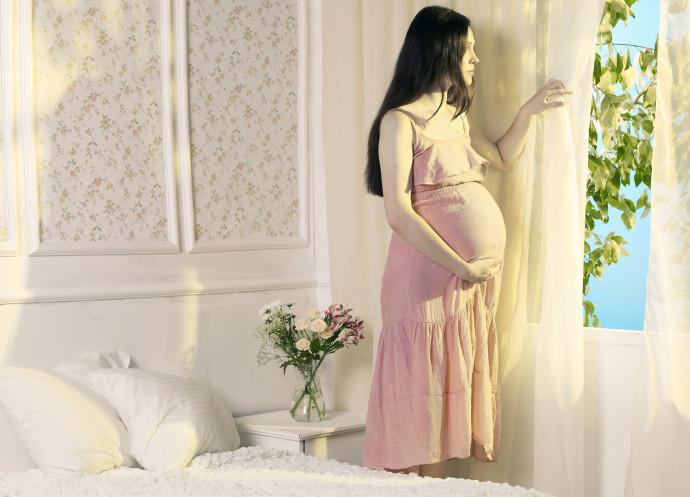 אישה בהריון, אילוסטרציה