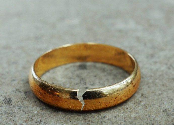 טבעת נישואין שבורה, צילום אילוסטרציה