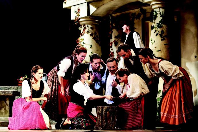 """אופרה """"הרוזנת מאריצה"""""""