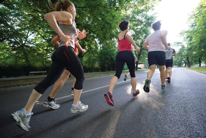 אנשים רצים, אילוסטרציה