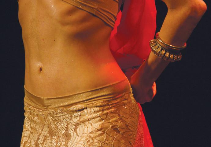 רקדנית בטן, אילוסטרציה