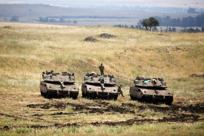 """טנקים של צה""""ל ברמת הגולן"""