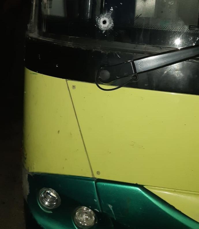 ירי לעבר אוטובוס בבית אל
