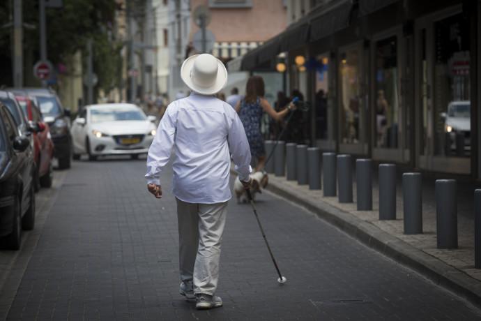 אדם עיוור, אילוסטרציה