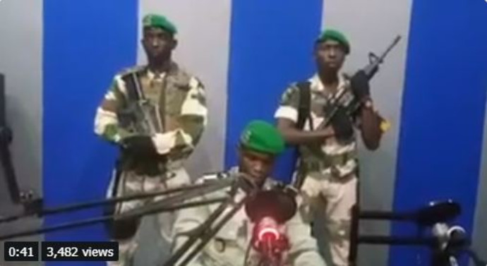 קצינים בגבון משתלטים על תחנת הטלוויזיה