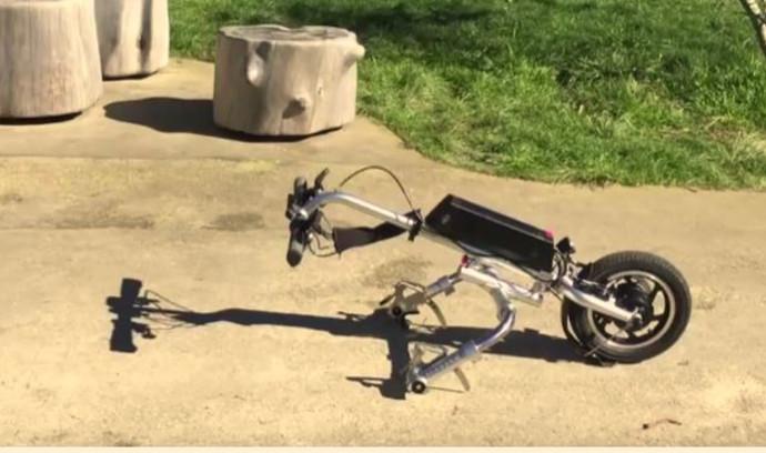כיסא גלגלים ממונע