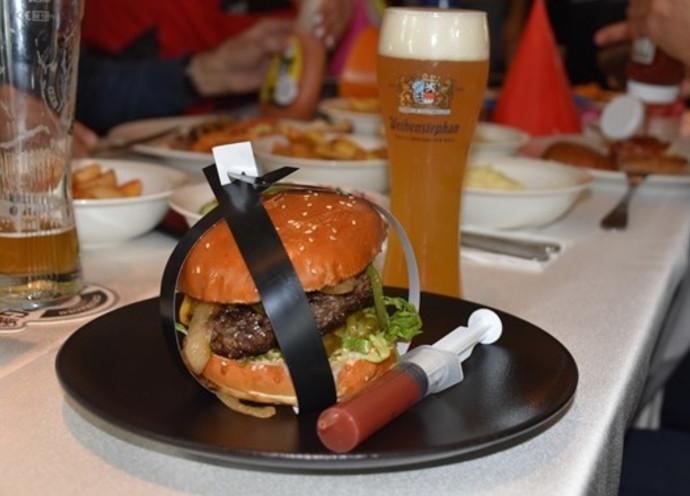 המבורגר ובירה ויינשטפן
