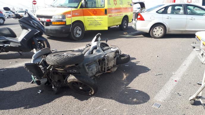 רוכב אופנוע נהרג בתאונת דרכים
